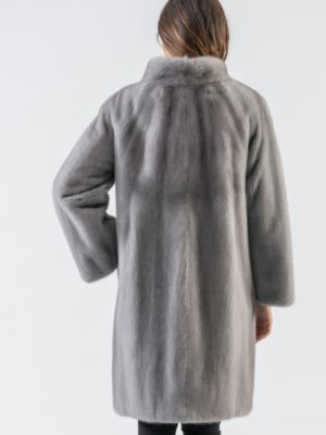 29.Saphire Mink Fur Coat With Short Collar 5 900x797 300x400 КУПИТЬ ШУБУ НА САДОВОДЕ